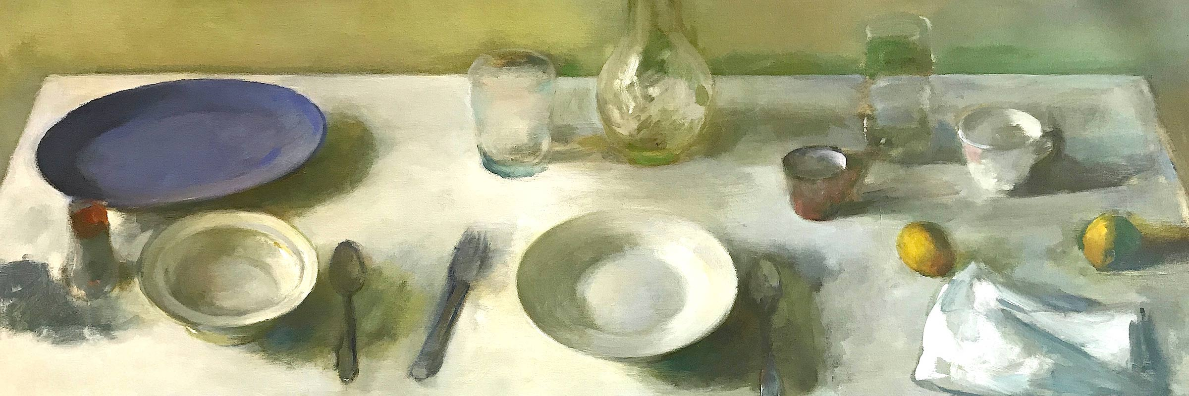 table-setting-with-blue-plate-and-two-lemons-s
